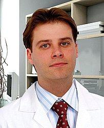 Dr. José Luiz - Médico ortopedista e traumatologista - Agendar Consulta
