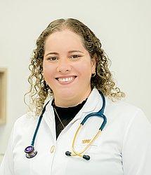 Dra. Carolina - Médico pediatra - Agendar Consulta