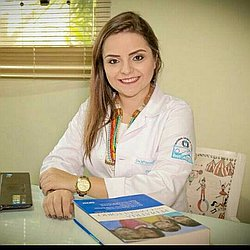 Dra. Maria Fernanda Teixeira - Médico pediatra - Agendar Consulta