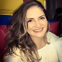 Dra. Larissa - Médico ginecologista e obstetra - Agendar Consulta