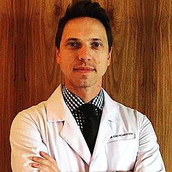 Dr. João Ricardo - Médico proctologista - Agendar Consulta