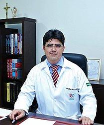 Dr. Marcos Ricardo de - Médico em cirurgia vascular - Agendar Consulta
