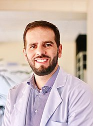 Dr. Eduardo - Médico ortopedista e traumatologista - Agendar Consulta