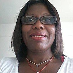 Sra. Nadia - Terapeuta holístico - Agendar Consulta