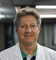Dr. Narciso - Médico reumatologista - Agendar Consulta