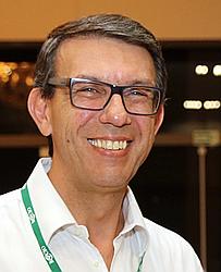 Dr. Edgard E - Médico ortopedista e traumatologista - Agendar Consulta
