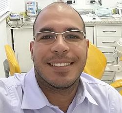 Dr. Gustavo Antonio - Cirurgião dentista - implantodontista - Agendar Consulta