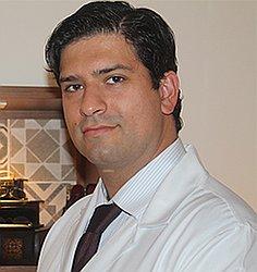 Dr. Polo Eduardo - Médico oftalmologista - Agendar Consulta