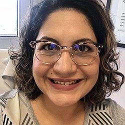 Dra. Camila - Médico ginecologista e obstetra - Agendar Consulta