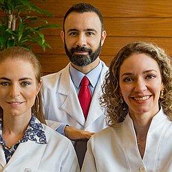 Dr. Emir - Médico dermatologista - Agendar Consulta