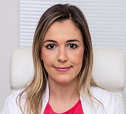 Dra. Renata - Médico dermatologista - Agendar Consulta