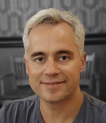 Dr. HUGO - Médico em cirurgia vascular - Agendar Consulta