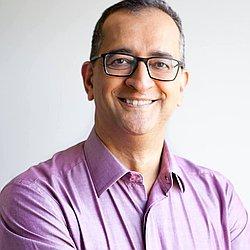Dr. Néviton Luiz - Médico pediatra - Agendar Consulta