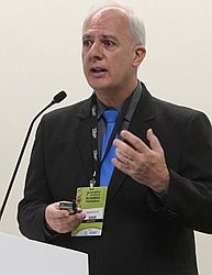 Dr. Niraldo - Farmacêutico - Agendar Consulta