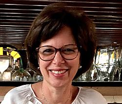 Dra. Deipara - Médico pediatra - Agendar Consulta