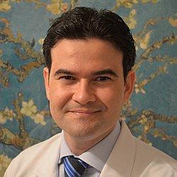 Dr. Raphael - Médico Mastologista - Agendar Consulta