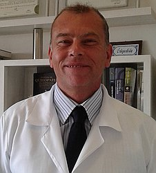 Dr. Marcos - Médico ortopedista e traumatologista - Agendar Consulta