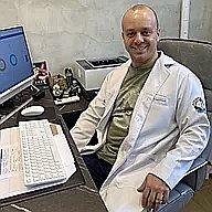 Dr. Mateus - Médico pediatra - Agendar Consulta