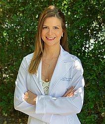 Dra. Ana Paula - Cirurgião Plástico - Agendar Consulta