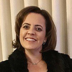 Dra. Danielle - Médico cirurgião pediátrico - Agendar Consulta