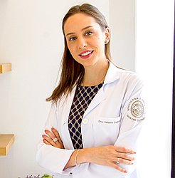 Dr. Helena - Médico ginecologista e obstetra - Agendar Consulta