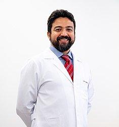 Dr. Angelo Rafael - Médico neurocirurgião - Agendar Consulta