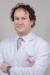 Dr. Alberto - Médico ortopedista e traumatologista - Agendar Consulta