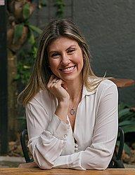 Dra. Carolina - Médico ginecologista e obstetra - Agendar Consulta