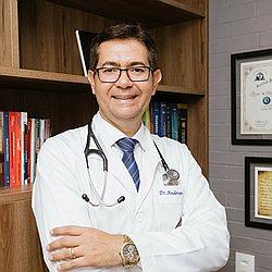 Dr. Anderson - Médico endocrinologista e metabologista - Agendar Consulta