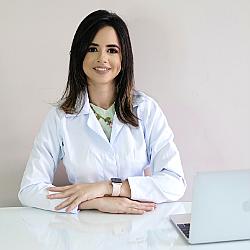 Dra. Maylla - Médico pediatra - Agendar Consulta