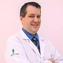 Dr. Daniel - Médico Hematologista - Agendar Consulta