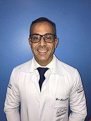 Dr. Marcelo - Cirurgião dentista - ortopedista e ortodontista - Agendar Consulta