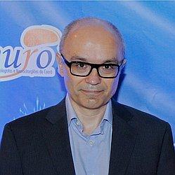 Dr. Carlos Vinícius - Médico neurocirurgião - Agendar Consulta