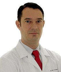Dr. Renato - Médico ortopedista e traumatologista - Agendar Consulta