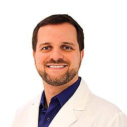 Dr. Cristian - Médico neurocirurgião - Agendar Consulta