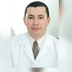 Dr. DANIEL - Médico dermatologista - Agendar Consulta