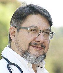 Dr. RICARDO - Médico pediatra - Agendar Consulta