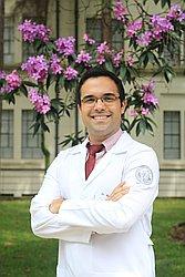 Dr. Rafael - Médico geriatra - Agendar Consulta